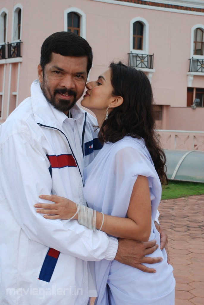Nitya pellikoduku movie hot stills welcome ruyir for Murali krishna s janaki