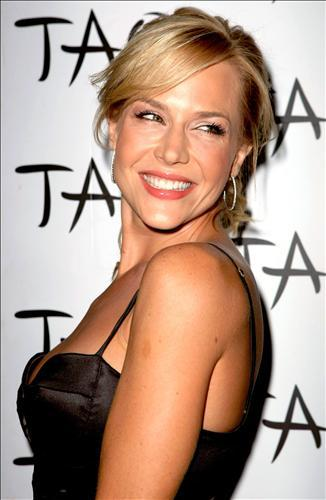 Julie Benz: