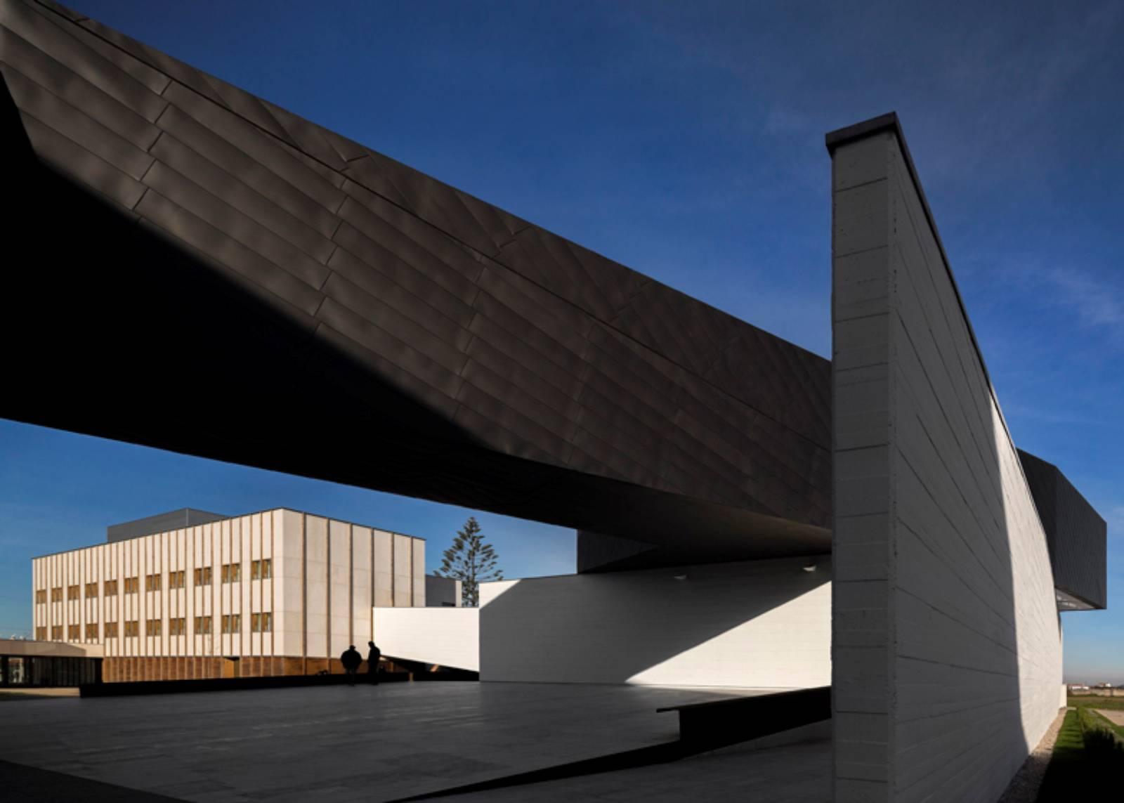 Ilhavo, Portogallo: ÍLhavo Maritime Museum Extension by Arx