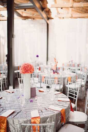 orange wedding decor
