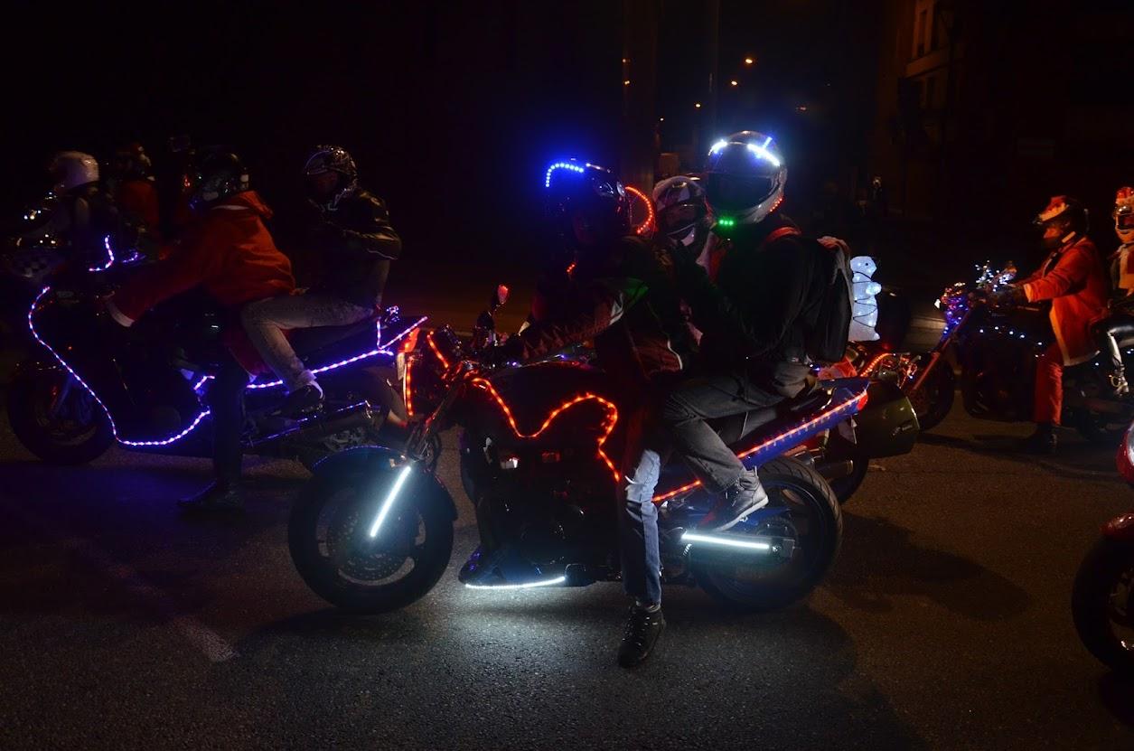 Balade de noël des motards - Toulouse 13 décembre 2014 DSC_0133