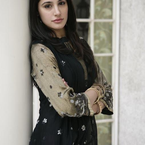 Nargis Fakhri Photo 8
