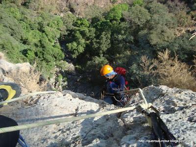 Cañonero descendiendo 80 metros en Huaxtla