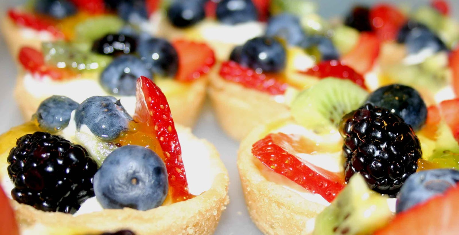It's So Tasty Too!: Andrea's Sugar Cookie Fruit Tarts