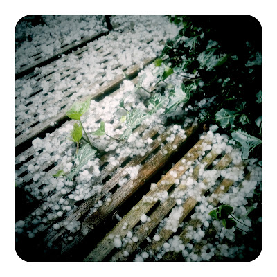 Hagel im April