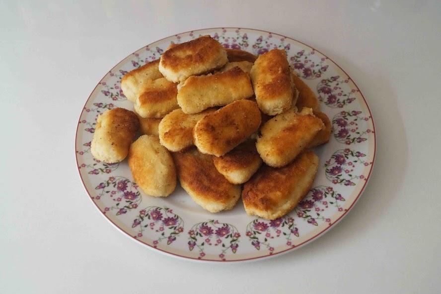 croquetas de pollo/chicken croquettes