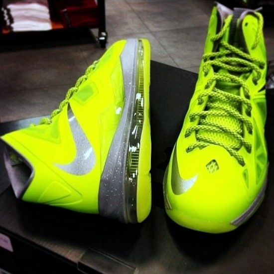 Upcoming Nike LeBron X 8211 Volt Dunkman 8211 New Photos