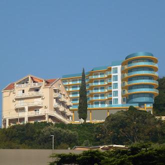 Гостиница на побережье