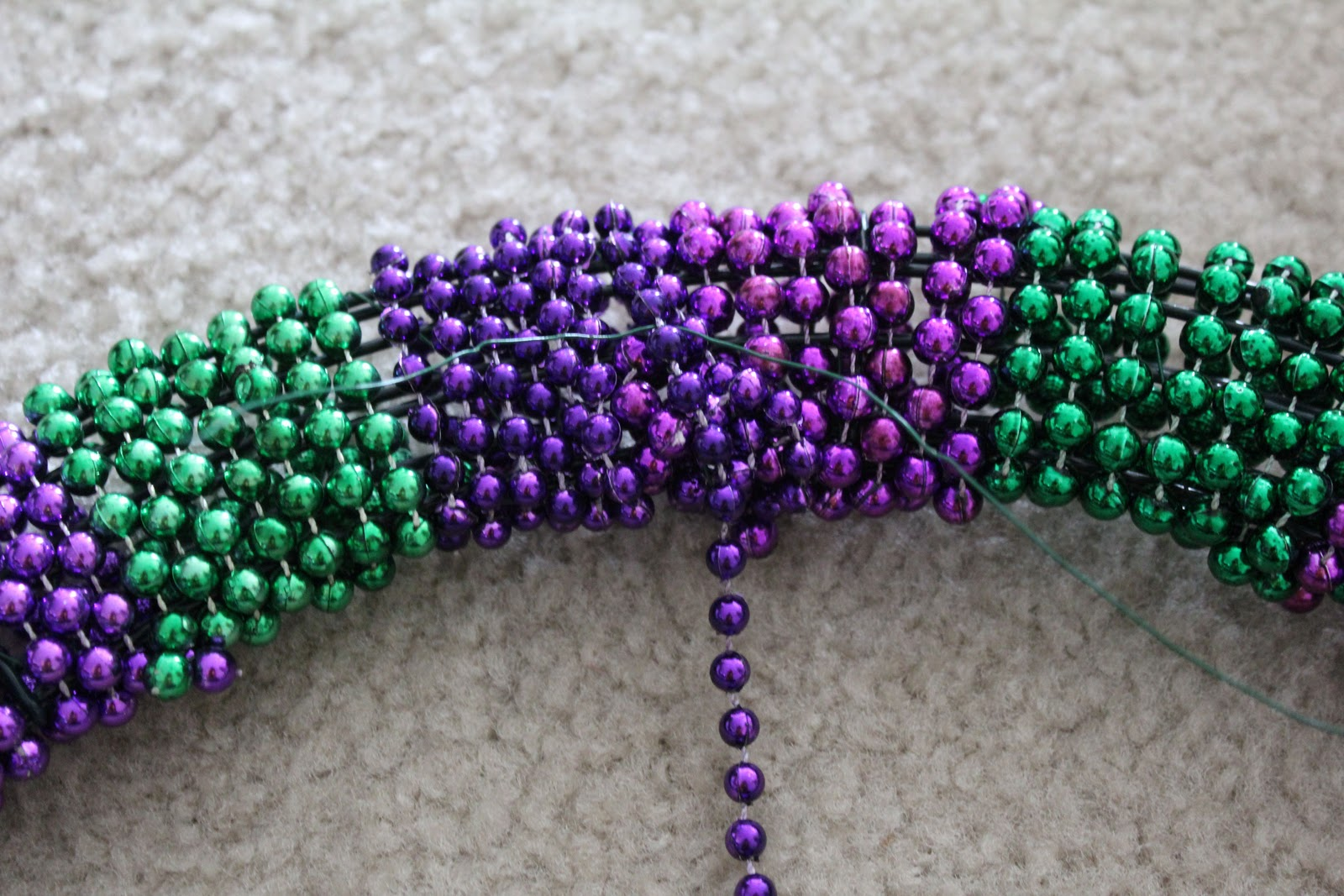 how to use love beads