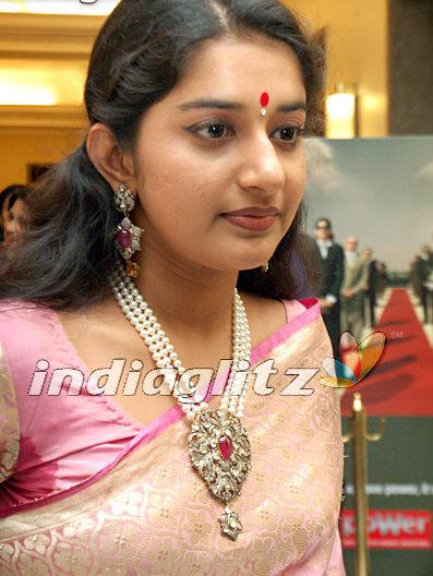 Meera Jasmine In Pearls Jewellery Jewellery Designs