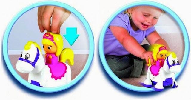 Công chúa cưỡi ngựa Tomy Clip Clop Princess phù hợp với trẻ em từ 12 tháng tuổi trở lên