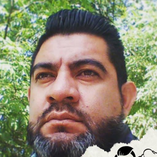 Manuel Mena Photo 37