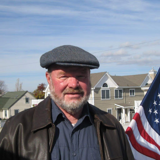 Gene Richards Photo 27