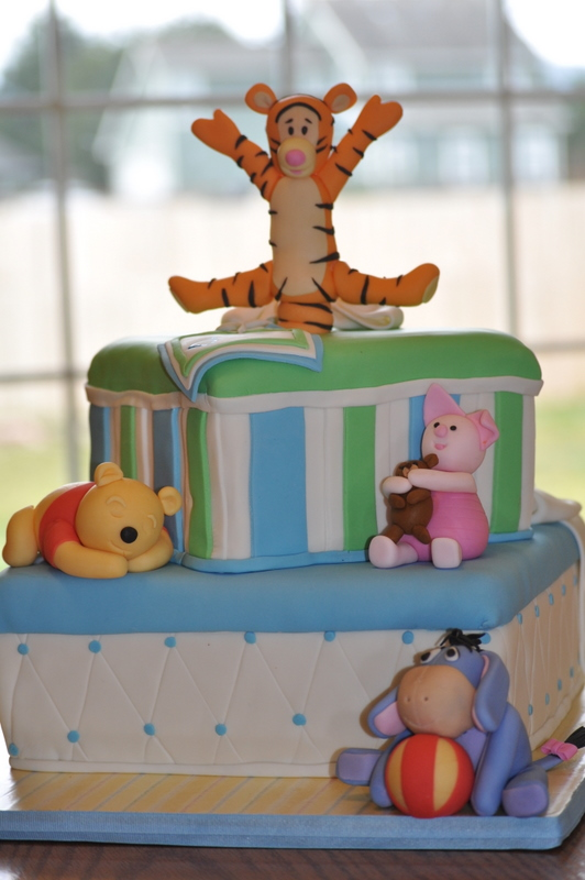 PEACH OF CAKE: Winnie the Pooh and Friends Baby Shower Cake