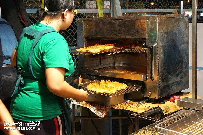 DSC07035 - 紐奧良燒烤雞排|旱溪夜市不只有惡魔雞排,紐澳良燒烤雞排也是超夯排隊美食唷!