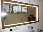 Der Spiegel im Bad leuchtet nun!