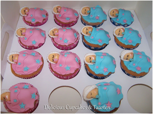 Gender Reveal Party Cupcake.jpg