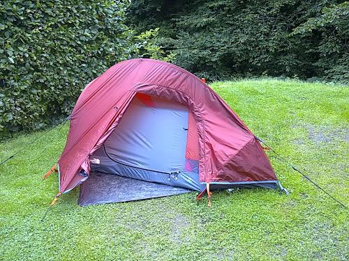 Camping  at Sunny Lyn Holiday Park