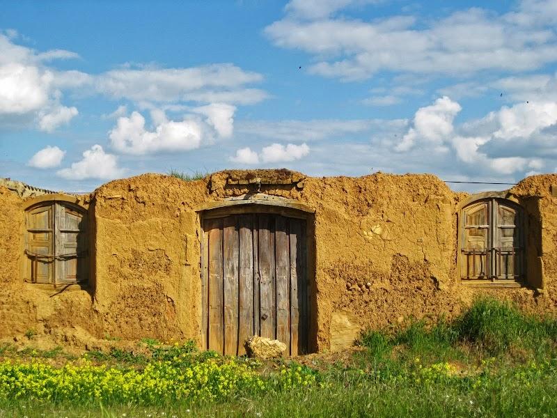 Ruine in Bercianos del Real Camino
