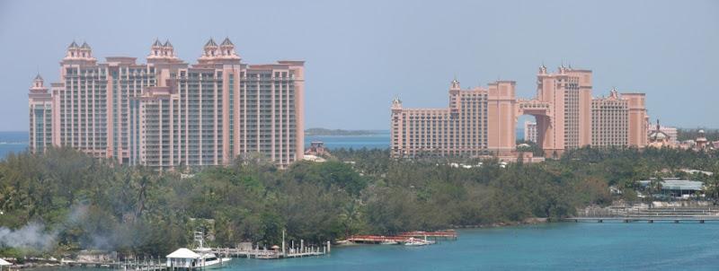 [Floride 2011 - Trip Report] WDW,DCL,USO,IOA,KSC,DC,BG,SW,ETC ... - Page 6 Pano_Nassau_Atlantis
