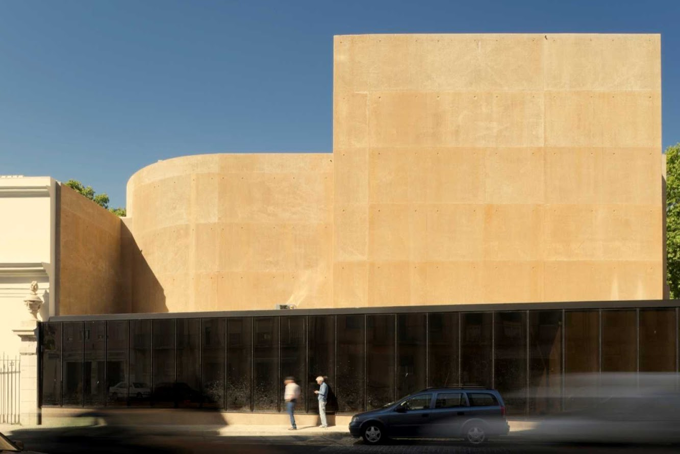 Portugal: THALIA THEATRE by GONÇALO BYRNE ARQUITECTOS