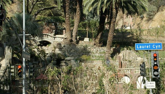Руины дома Гарри Гудини