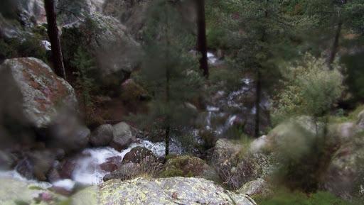 Cascades et ruisseaux en crue au col 1150m