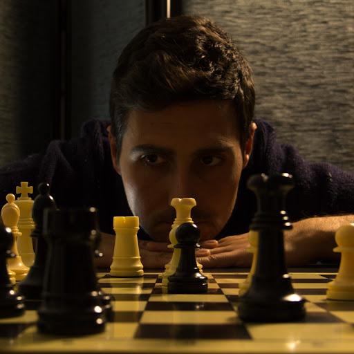 MIGUEL ÁLVAREZ. AJEDREZ