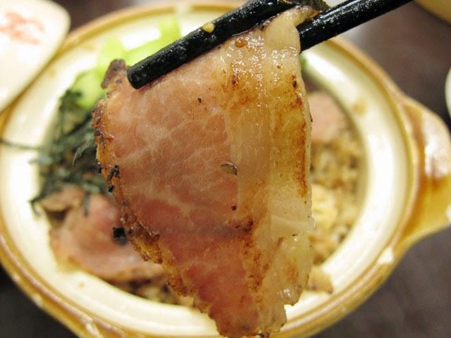 >微焦的香嫩五花肉很好吃-南門蒸餃