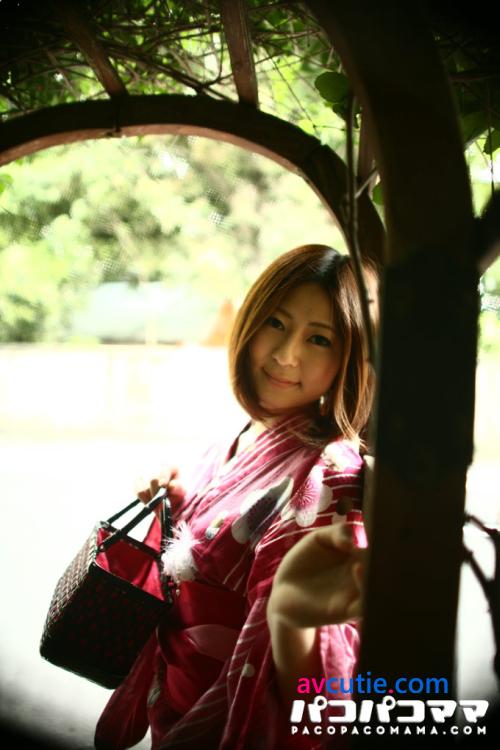 Pacopacomama.081711_438.Aya.Ueda