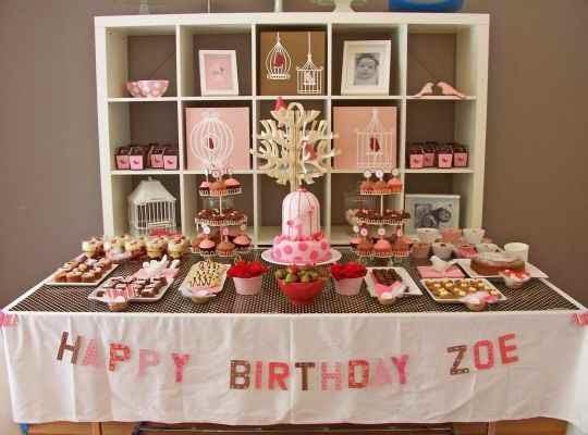 Hermosa mesa de dulces para una fiesta