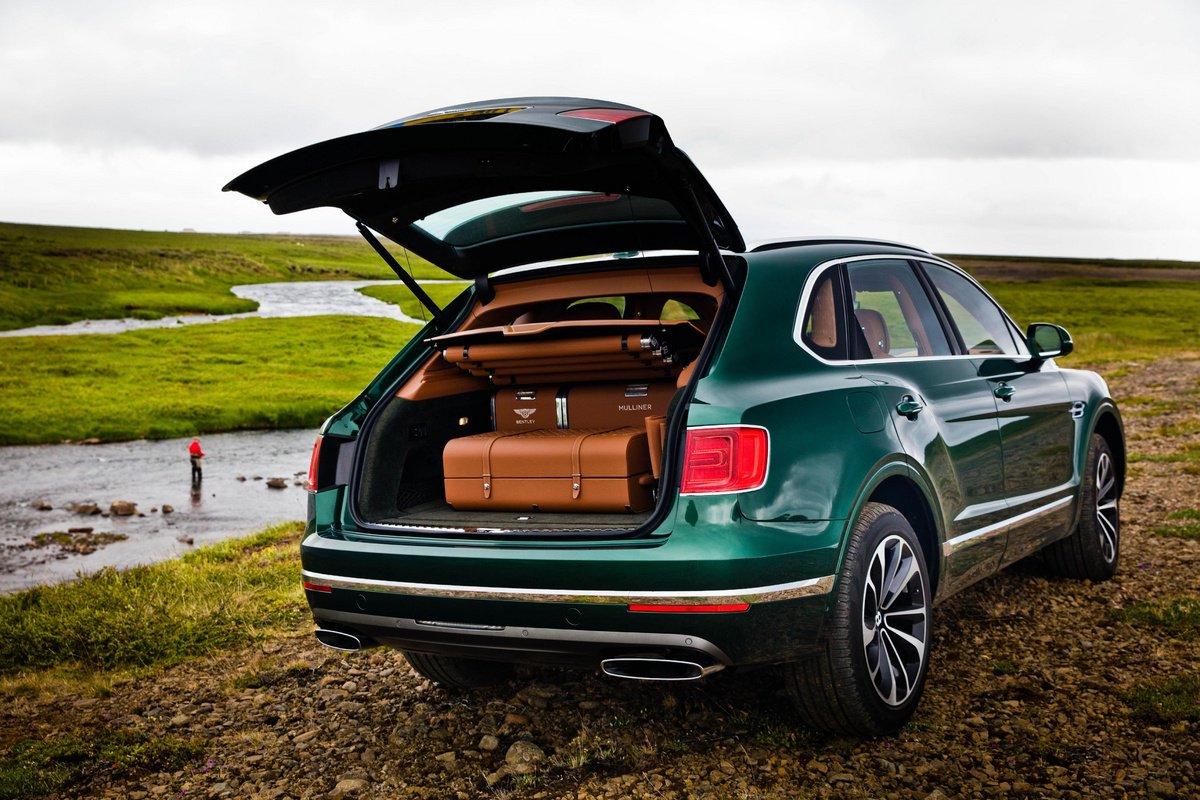 Bentley Bentayga Fly sẽ là chiếc SUV vô cùng đặc biệt và rất...hòa cùng thiên nhiên