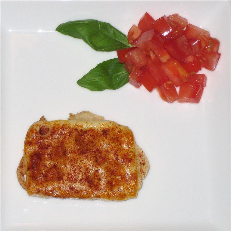 ostebrød med tomattern