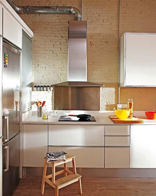 Малък и практично устроен апартамент в Барселона