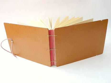 canteiro-de-alfaces-album-fotos-concertina-copta-cantoneiras