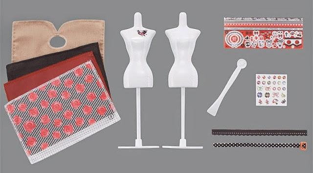 Bộ đồ chơi thiết kế thời trang Harumika - Dress Set Paris gồm các người mẫu và vải thiết kế