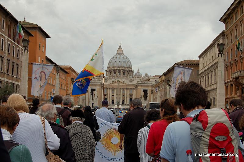 La processione in vista della basilica