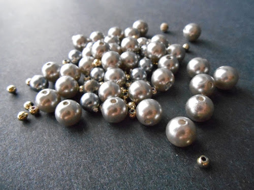 Vintage Silver-tone Bead Giveaway