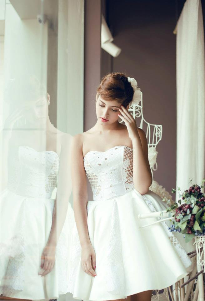 Mẫu Tây Andrea Aybar kiêu sa trong váy cưới trắng - Ảnh 5