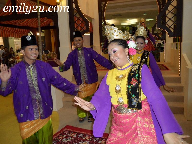 Lebaran Aidilfitri Dance Performance @ Kinta City