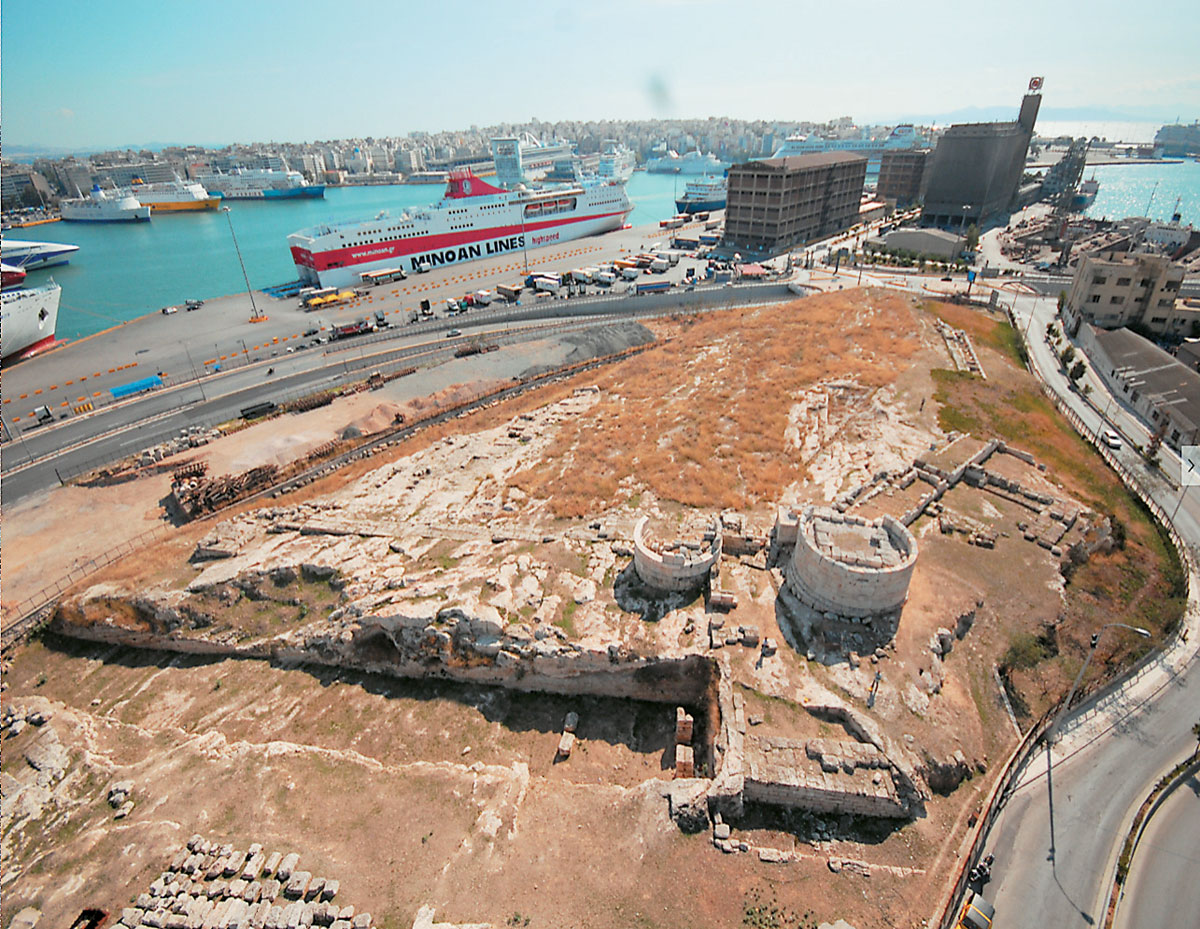 Heritage: The Ietionian Gate, part of Piraeus port ancient walls, to be upgraded