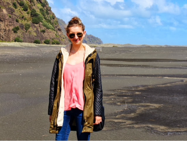 new_zealand_beaches_karekare_stephanie_lauren