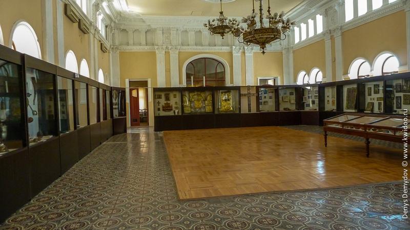 Один из залов музея истории Грузии