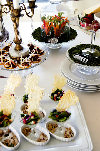 How to set a bufffet table- The Style Sisters,