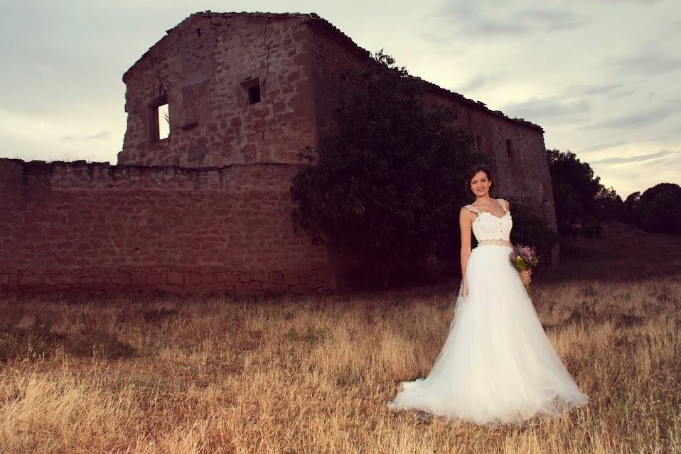 vestido de novia con corset y falda de tul