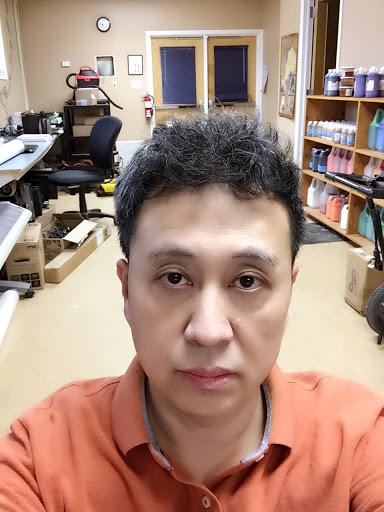 Jianfeng Qi Photo 3