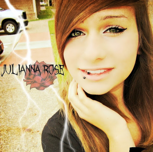 Julianna Williams Photo 5