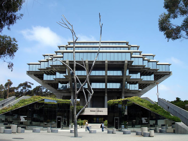 7.+geisel-library-ucsd-2