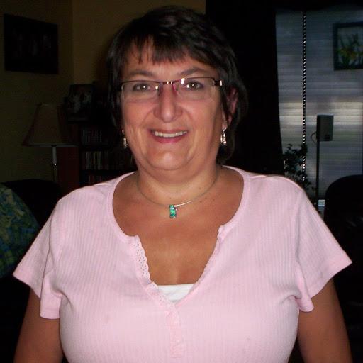 Linda Desrosiers
