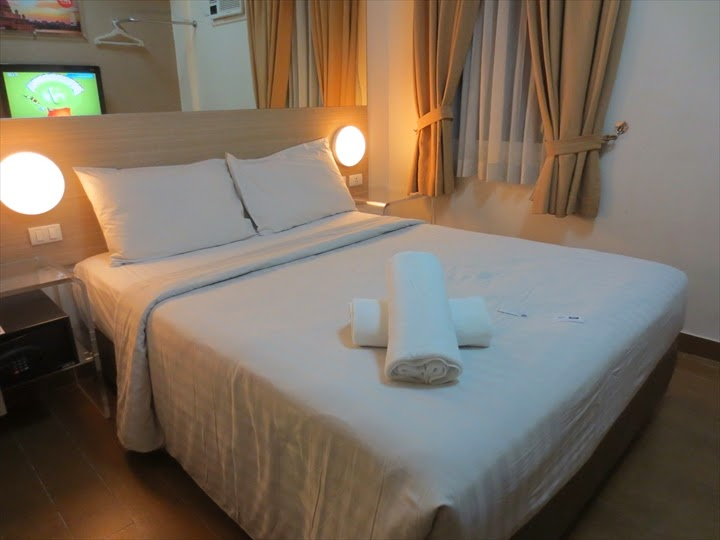 チューンホテル(ダブルベッド部屋)